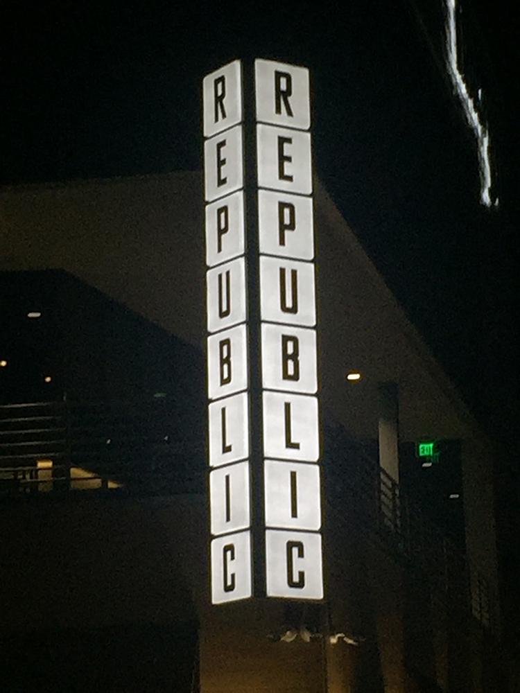 exterior - Republic